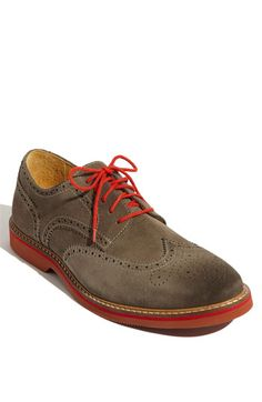 "Nordstrom 1901 ""Wing It"" Oxford. FWIW, they come with laces in three different colors, including orange or blue."