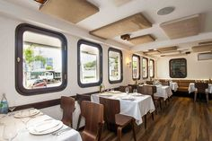 The Stylish La Fragata Restaurante in Panama - Interior design by Sara Battelli and Partners