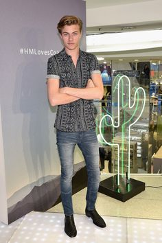 Lucky Blue | Attends The Launch of the H&M Loves Coachella Collection in Times Square with The Atomics on March 16, 2017 in New York City ❤