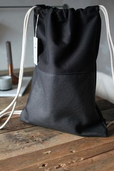 Diy Messenger Bag, Diy Backpack, Canvas Shopper Bag, Canvas Tote Bags, Diy Pouch Bag, Sacs Design, Backpack Pattern, String Bag, Cute Bags