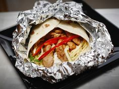 Wraps with chicken Wraps, Tacos, Mexican, Chicken, Eat, Ethnic Recipes, Food, Coats, Meals