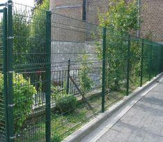 Gard Casa - Cauti Modele de Garduri pentru curtea ta? Sidewalk, House Design, Furniture, Home Decor, Decoration Home, Room Decor, Side Walkway, Walkway, Home Furnishings
