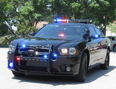 Police Car Lights, Us Police Car, Police Patrol, Police Life, Fbi Car, Radios, Cops And Robbers, Dodge Magnum, Emergency Vehicles