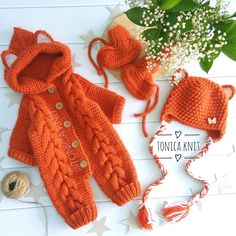 Switch to the dark mode kinder on your eyes at night time. Cardigans Crochet, Knitted Baby Cardigan, Knitted Baby Clothes, Baby Girl Patterns, Baby Knitting Patterns, Crochet Patterns, Summer Sweaters, Baby Sweaters, Crochet Home