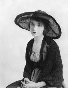 Way Down East (1920) - actress Lillian Gish    I especially love this hat, although I love the look of the whole outfit as well.