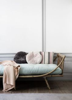 Rattan + Woven Cane Rattan has had a big comeback these past couple of years and we don't see it going anywhere soon. From ornate headboards to adorable daybeds, rattan gives a room a relaxed-vibe Home Interior, Interior Decorating, Interior Styling, Modern Interior, Townhouse Interior, Decorating Ideas, Mansion Interior, Rattan Daybed, Daybeds