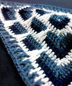 """Free Crochet Pattern - Pretty color idea for Larksfoot 12"""" Granny Square #crochetinspiration"""