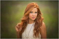 Senior Photographer in Norman, Oklahoma - Chelsie Cannon Photography - Senior Pose