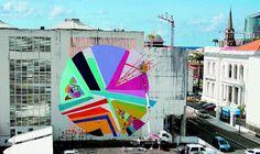 La Street Art non è solo fine a sè stessa. Spesso ha infatti uno spiccato intento critico e sociale, come il caso di Garbage Beauty che lascia messaggi contro lo spreco scritti sulla spazzatura trovata per le strade di Montreal  Kenor, Total Eclipse, dipinto murale, Martinica, Antille, Francia DOM (2014)