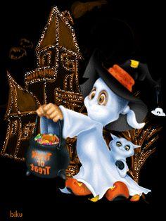 Halloween little ghost GIF Fröhliches Halloween, Halloween Fashion, Halloween Pictures, Holidays Halloween, Halloween Themes, Halloween Decorations, Vintage Halloween Cards, Samhain, Favorite Holiday