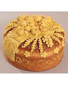 Хліб №038 Serbian Recipes, Ukrainian Recipes, Festive Bread, Pie Crust Designs, Bread Art, Our Daily Bread, Pie Cake, Food Decoration, Artisan Bread