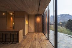 What kind of ply is used on these walls?  Wanaka House | RTA Studio