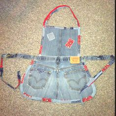 Blue Jean Apron! My first project made with my new sewing machine. Super easy! Just used an old pair of my husband's Levi's.