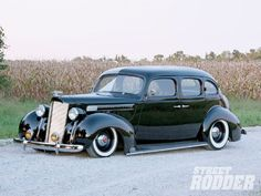 Check out this 1939 Packard sedan that has a Ford Triton engine, A Whipple supercharger, Classic Instrument gauges, and a 1992 Lincoln Continental front bench inside Street Rodder Magazine. Automobile, Performance Cars, Vintage Trucks, Amazing Cars, Awesome, Custom Cars, Cars Motorcycles, Hot Rods, Cool Cars