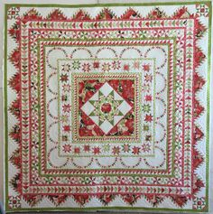 Pamela Erickson's Halo Medallion Quilt, quilted by Lois Squyres Kindley AKA the Creative Gypsy
