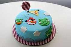 Coco Cake Cupcakes--Vancouver BC by Lyndsay Sung: Angry Birds Cake!
