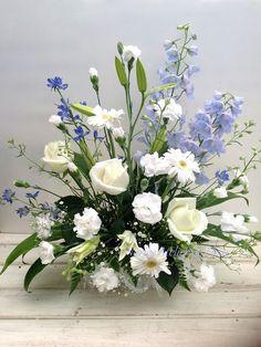 Contemporary Flower Arrangements, White Flower Arrangements, Artificial Flower Arrangements, Vase Arrangements, Flower Centerpieces, Flower Vases, Flower Decorations, Altar Flowers, Flowers Nature