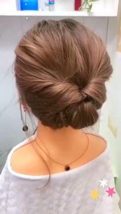 Bun Hairstyles For Long Hair, Cute Girls Hairstyles, Short Hair Buns, Upstyles For Short Hair, Simple Hair Updos, Casual Updos For Medium Hair, Short Hair Updo Easy, Short Hair Hacks, Stylish Hairstyles