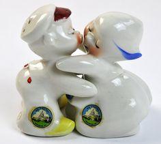 Van Tellingen Salt & Pepper Shakers Hugging Dutch by PlumsandHoney