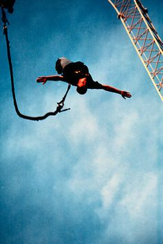 Google Image Result for http://mycrazytown.com/wp-content/uploads/2012/05/bungee-jumping-5.jpg