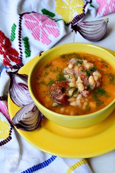 New Recipes, Soup Recipes, Cooking Recipes, Healthy Recipes, Favorite Recipes, Sour Soup, Romanian Food, Lebanese Recipes, Bean Soup