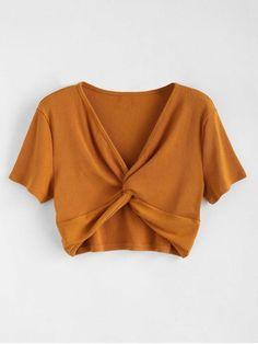 Summer Solid Short V-Collar Fashion Ribbed Twist Cropped Top - Summer Solid Short V-Collar Fashion Ribbed Twist Cropped Top Source by daydaychic - Crop Top Styles, Cropped Tops, Lace Crop Tops, Grunge Look, Grunge Style, Crop Top Outfits, Cute Casual Outfits, Teen Fashion, Fashion Outfits