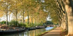 Best Autumn Destinations Eurotrip, Riviera Maya, Le Canal Du Midi, Most Beautiful Cities, France Travel, Places To See, Medieval, Sailing, Scenery