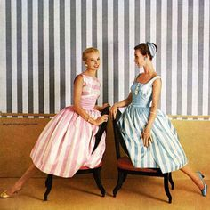 """myvintagevogue: """" Dresses by Gay Gibson 1954 """" 60s And 70s Fashion, Fifties Fashion, Timeless Fashion, Vintage Fashion, Vintage Style, 50s Dresses, Vintage Dresses, Vintage Outfits, Vintage Clothing"""