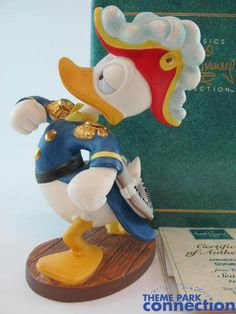 Disney WDCC Admiral DONALD DUCK Sea Scouts 1994 Members Only Figure Statue Set