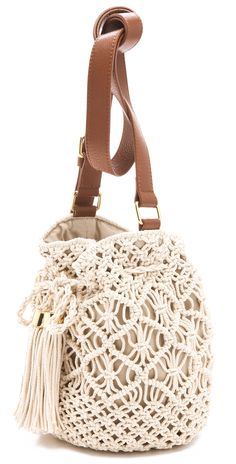 Macrame Bag, Macrame Plant Hangers, Tory Burch, Crochet Bag Tutorials, Net Bag, Love Crochet, Crochet Bags, Summer Bags, Spring Summer