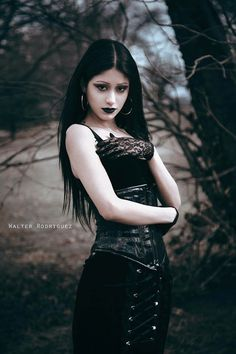 Gothic Ladies   Beauty   Fashion   Costume   Creativity   Couture   Culture  