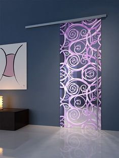 These doors has a very elegant and modern design. This glass door has a unique and artistic design on it. Verre Design, Glass Design, Door Design, House Design, Stained Glass Door, Sliding Glass Door, Sliding Doors, Glass Doors, Barn Doors
