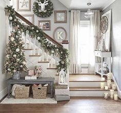 Below are the Christmas Staircase Decoration Ideas. This article about Christmas Staircase Decoration Ideas was posted under the category by our team at April 2019 at pm. Hope you enjoy it and don't forget to share this post. Christmas Entryway, Christmas Staircase, Decoration Christmas, Christmas Living Rooms, Farmhouse Christmas Decor, Cozy Christmas, Rustic Christmas, Farmhouse Decor, Apartment Christmas