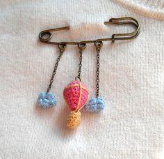 Crochet Brooch  Hot Air Balloon and Clouds Safety Pin door biribis, $25.00