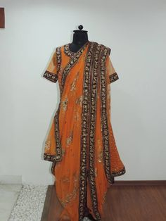 8 Simple Exercises to Reduce Thigh Fat in a Week - New Ideas - New Ideas Pakistani Bridal Wear, Pakistani Dresses, Indian Dresses, Muslim Wedding Dresses, Bridal Dresses, Khada Dupatta, Big Fat Indian Wedding, Fat Women, Kimono Top