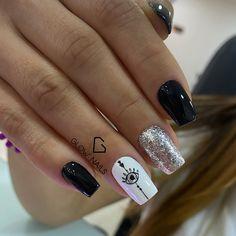 Glow Nails, Press On Nails, Short Nails, Pedicure, Hair And Nails, Nail Colors, Nail Designs, Nail Art, Makeup