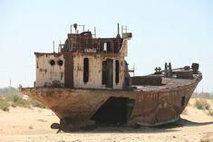 Moynaq et son cimetière de bateaux dans le désert  2Tout2Rien