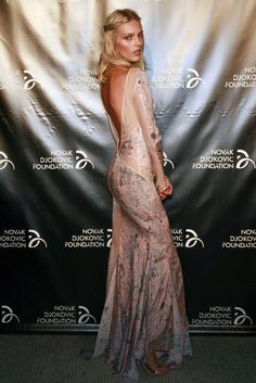 Anja Rubik Anja Rubik, Backless, Glamour, Formal Dresses, Fashion, Backless Formal Dress, Trends, Dresses For Formal, Moda