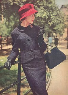 Knives kill people.: Fashion Time Travel Series : Nifty Fifties