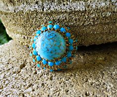 Vintage Made in AUSTRIA Turquoise Strass Rhinestone  Bohemian Glass Yellow gold tone Brooch PIN