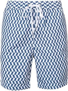 Swim in style with the men's swim & board shorts edit at Farfetch. Find stylish designer board shorts for men from our range of edgy luxury brands. Men's Swimsuits, Man Swimming, Swim Shorts, Patterned Shorts, Luxury Branding, Stylish, Tops, Design, Fashion