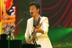 桑田佳祐、約束を果たす。5年ぶりの全国ツアーが宮城からスタート