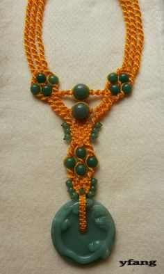 Yellow (Statement) Macrame Necklace with green agate's and aventurine's