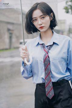 Beautiful Chinese Girl, Beautiful Girl Image, Cute Girl Pic, Cute Girls, Korean Girl, Asian Girl, Female Pose Reference, Girl Short Hair, Tomboy Fashion