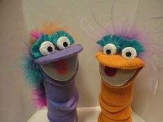 How To Make Sock Arm Puppets on Hands On Crafts for Kids (1501-1)