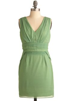 minty green, my fav! not sure if I could pull off the color... but the style, definitely :)