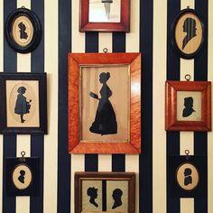 36 ideas striped wallpaper bedroom black and white Silhouette Portrait, Silhouette Art, Striped Room, Gallery Wall Frames, Gallery Walls, Bedroom Wall Colors, Vintage Silhouette, Wall Decor, Wall Art
