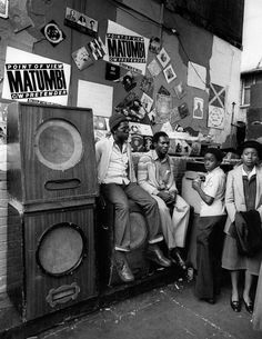 Photograph of a Sound System on Portobello Road, 1979 - The British Library Dancehall Reggae, Reggae Music, I Love Bass, Big Speakers, Jamaican Music, Hip Hop, Music Images, Pop Music, Blues Music