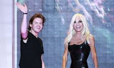 Modeconnect.com Fashion News – December 3, 2013 –  Christopher Kane takes top prize at 2013 British fashion awards - Christopher Kane pictured with Donatella Versace, the presenter of his BFA gong. She is seen to have been instrumental in developing his tal...