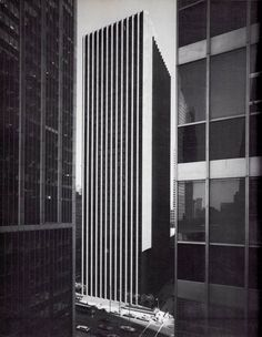 EERO SAARINEN, the CBS Building, New York, 1960. / 33arquitectures